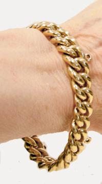 18K Yellow Gold Curb Link Bracelet- Wearable View