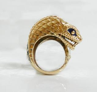 Vintage 18k YG and Enamel Cobra Ring - Right View