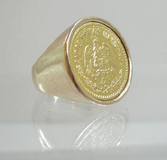 Men's Vintage Large 14K YG Cinco Pesos Coin Ring - 1955 - Right View