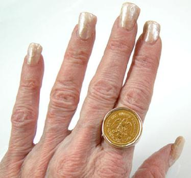 Men's Vintage Large 14K YG Cinco Pesos Coin Ring - 1955 - Hand View