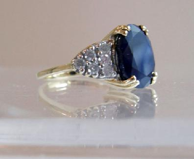 Vintage 14K Yellow Gold Sapphire/Diamond Ring - Estate - Side View 2